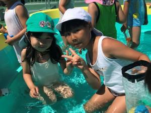水遊びを楽しみました!!