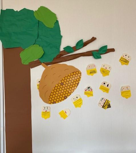 ハチの折り紙製作☆年中